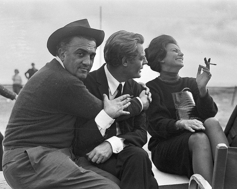 Fellini_MarcelloMastroianni_SophiaLoren